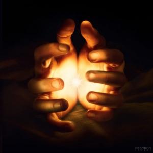 glowing_hands